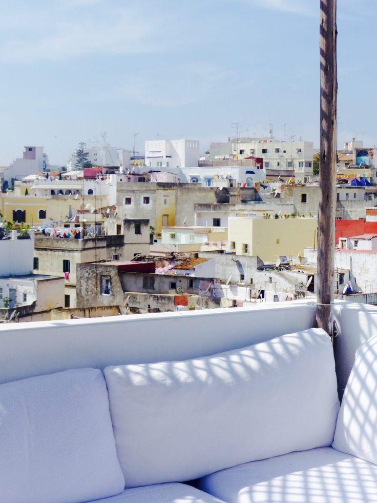 Récit d'un voyage à Tanger au Maroc.