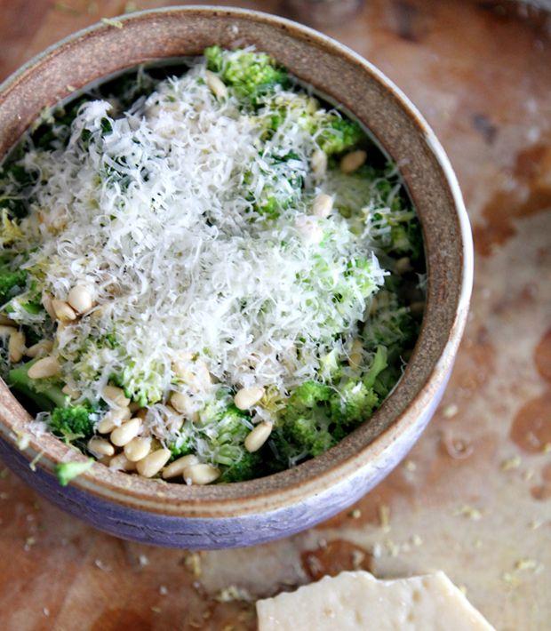Parmesan-and-Pine-Nut-Broccoli Recipe - RecipeChart.com #Christmas #Holidays #SideDish #Tasty #Vegetables #Vegetarian