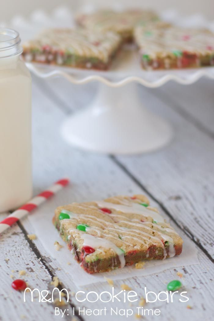 M & M Cookie Bars from iheartnaptime.net ...These make the perfect treat for any holiday party and also make great neighbor gifts! #cookie #recipe
