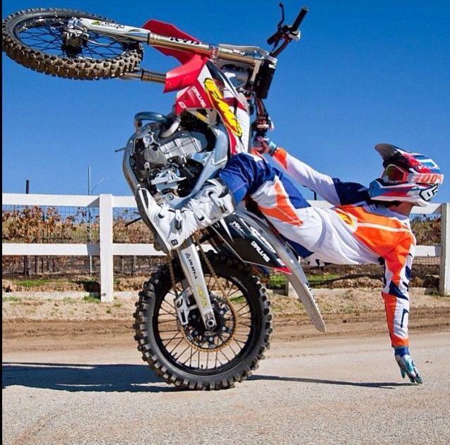 dirt bike wheelies dirtbikes motocross cross stunts stunt biker maschinen biks see ami houde moter bicycles fitness enduro