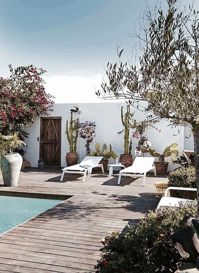 10 Dreamy Patios And Outdoor Spaces 88