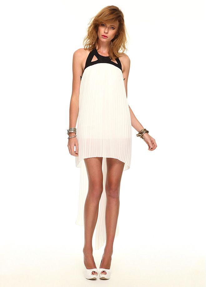 Stil Aşkı: Kırmızı ve Beyaz Buluşması Elbise Markafoni'de 129,99 TL yerine 39,99 TL! Satın almak için: http://www.markafoni.com/product/4733718/ #summer #fashion #dress #moda #elbise #girl #model #fashion #red #kırmızı #white #beyaz