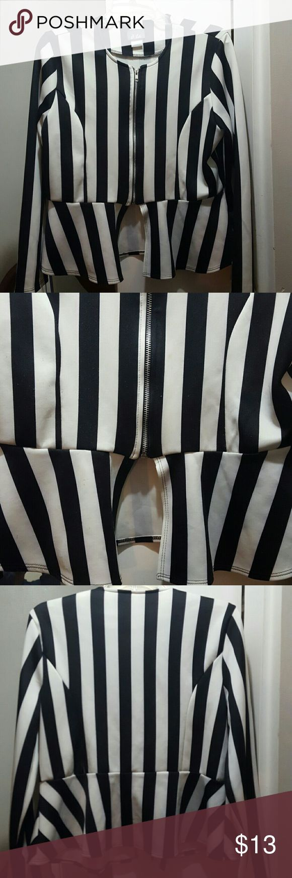 Woman's blazer Like new, wore once, zip up blazer, black and cream, 95% Polyester 5% Spandex Dots Tops