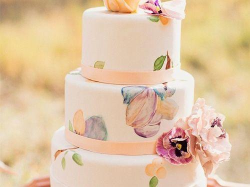 Торты расписанные вручную с цветами