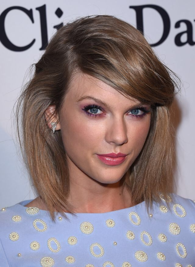 Recording artist Taylor Swift attends the Pre-GRAMMY Gala and Salute To Industry Icons honoring Martin Bandier on February 7, 2015 in Los Angeles, California.