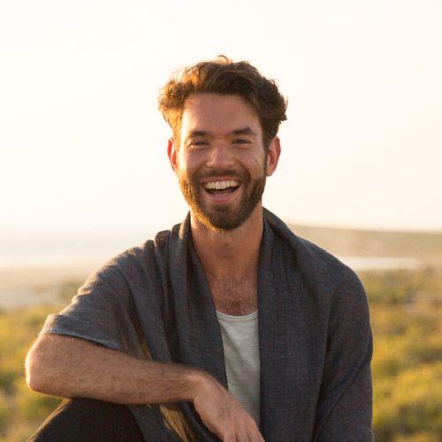 yoga-teacher-juan-villegas