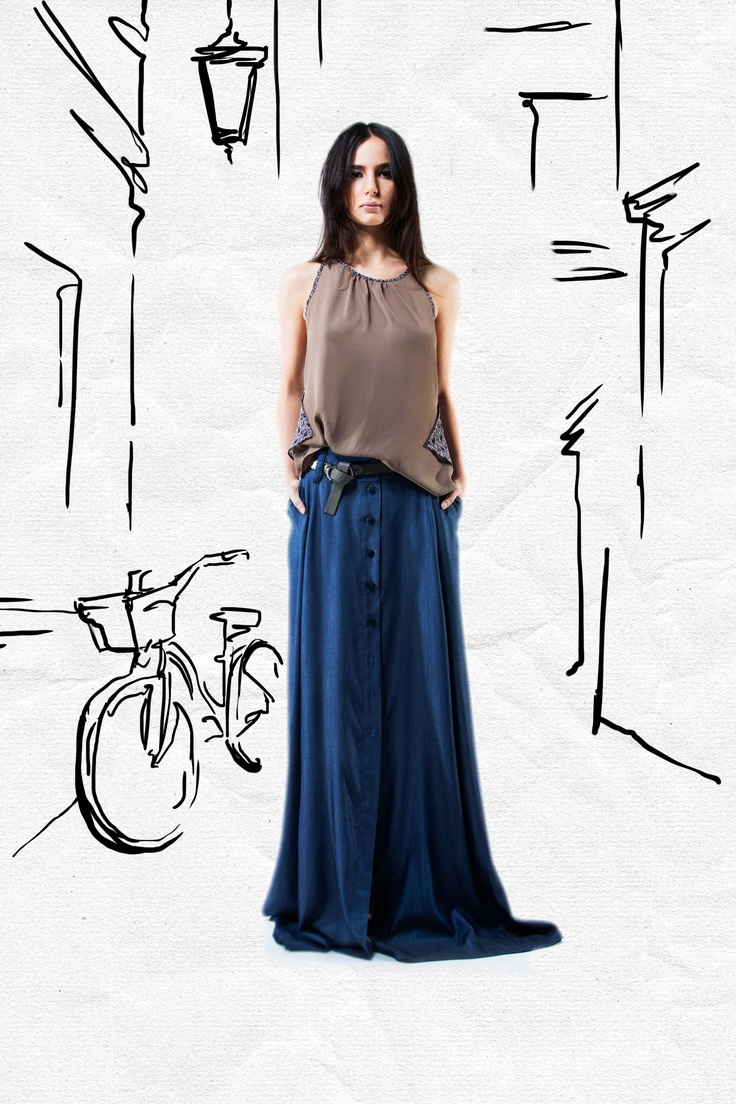 JAC Spring 2013. Toss on this loose tunic over a pair of pleather patched riding pants, or a long skirt for something a little softer. Either way, you get an easy, effortless look.