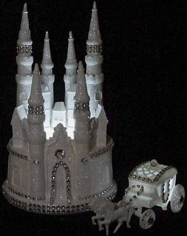 cinderella castle wedding cake toppers 17 best ideas about cinderella wedding cakes on 12854