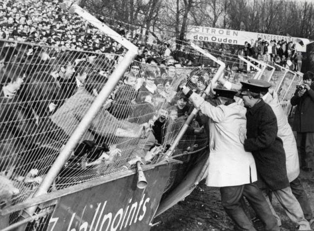 Sparta - Feyenoord (1970) by In De Hekken