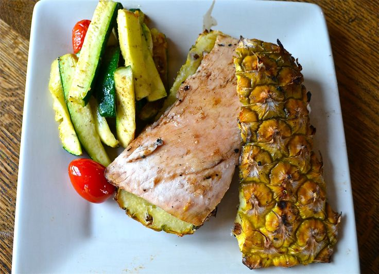 Grill fish on pineapple bark