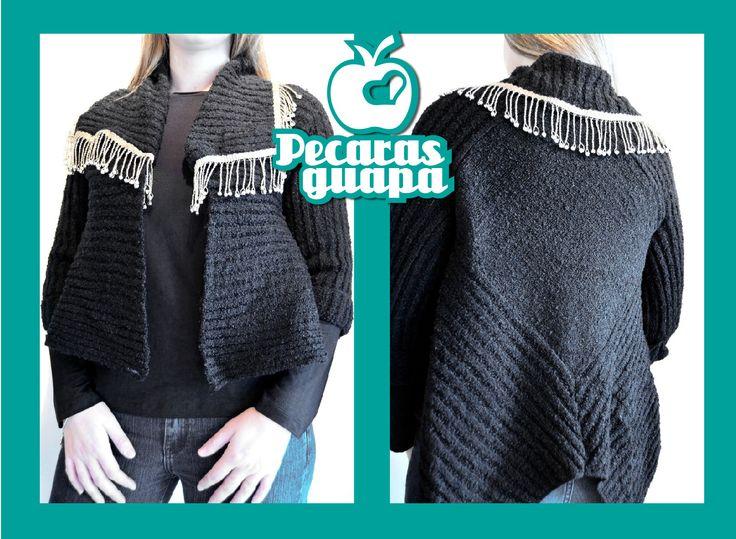 Saco de lana, corto al frente y largo atras. En liquidación Otoño!  #Trelew #Pecarasguapa #otoño #liquidacion #abrigo #tendencias #2015 #UnaStudio