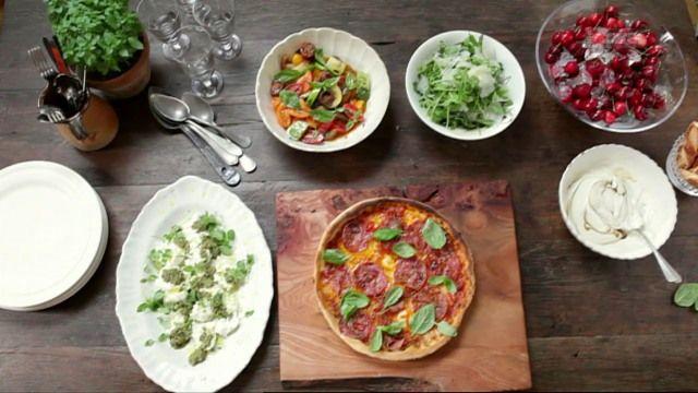 Jamies 30-Minuten-Menüs: Salami-Pizza - Jamie Oliver - TV - Play SRF