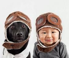 Fotos adorables de un bebé y su perro hechas por la madre