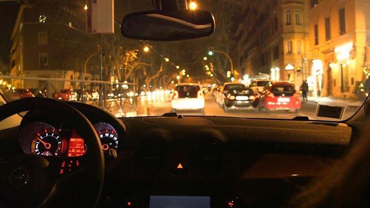 In Viale Trastevere con l'#opeldamrocks #alvolante #opel