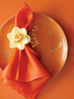 Brides: Narcissus Flower Napkin Ring . A simple%u2014and stunning%u2014way to dress up a table setting: Attach a single long-lasting bloom (in this case, a narcissus) to a piece of wire and fashion it into a napkin ring. The result? Instant elegance.