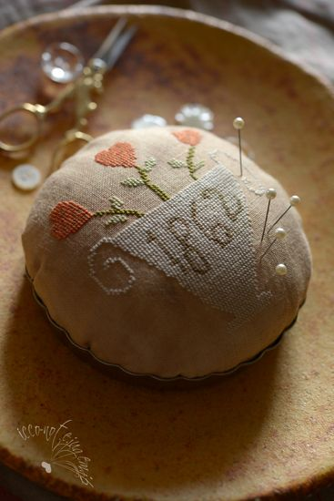 Pin cushion complete | Notforgotten Farm design (freebie from 2009?) Love it!