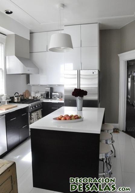 cocina combinada de color negro y blanco