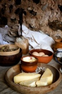 A LIttle Culinary History - Medieval Cookery & Food