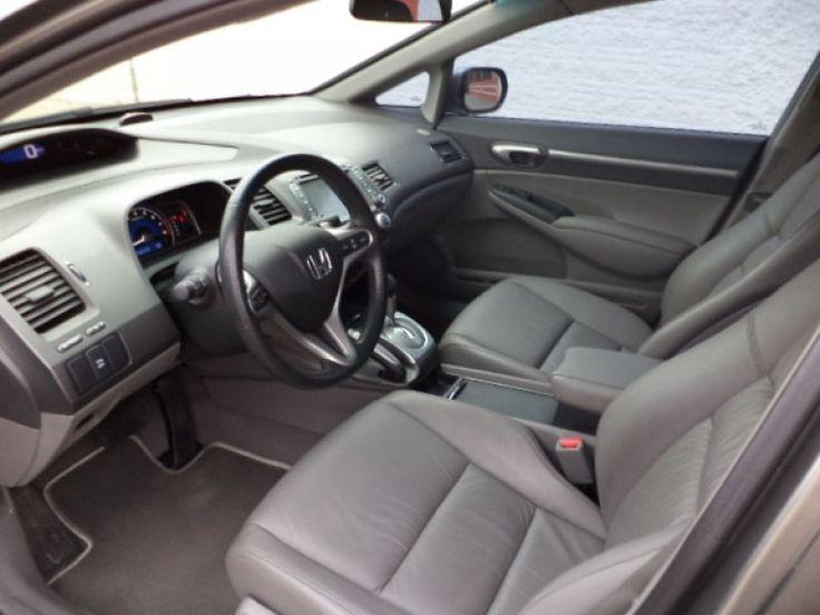 New Civic EXS Top com Central Multimídia New Civic EXS cinza comprado em 02/2010, top com controle de estabilidade central multimídia touch screen (DVD, GPS, Câmera de ré, Bluetooth, TV digital, entradas