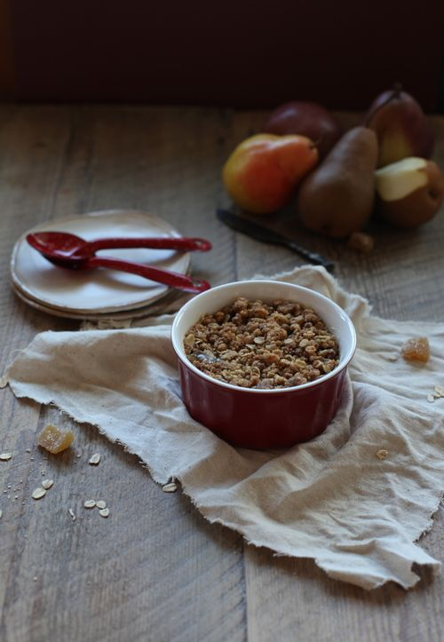 pear and apple gingersnap crumble | nom nom | Pinterest