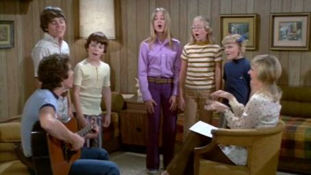 ... Susan Olsen, The Brady Bunch (1969), Christopher Knight and Eve Plumb, Maureen McCormick and Barry Williams, Florence Henderson and Barry Williams