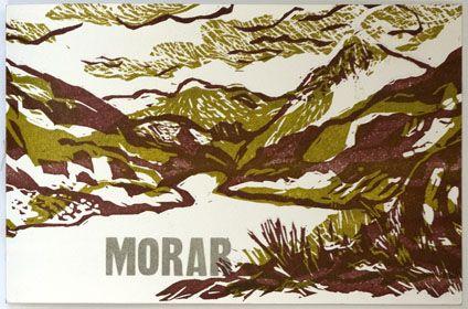 Morar | Linosnedes en korte verhalen | Dit voorjaar met Lotje Meijknecht en Tim Huisman gewerkt in ruig Schotland. Op deze eenzame plek aan Loch Nevis, hebben we geschilderd, geschreven en gewandeld. De indrukken hebben we in dit boek gezamenlijk verwerkt | Het boek heeft 6 grote lino's in twee kleuren en 5 kleinere lino's | 16 pagina's met een omslag |formaat 26.5 x 17.5 cm | oplage 35 exemplaren, gedrukt op Zerkall-Bütten en Steinbach papier | € 65,- | 2015