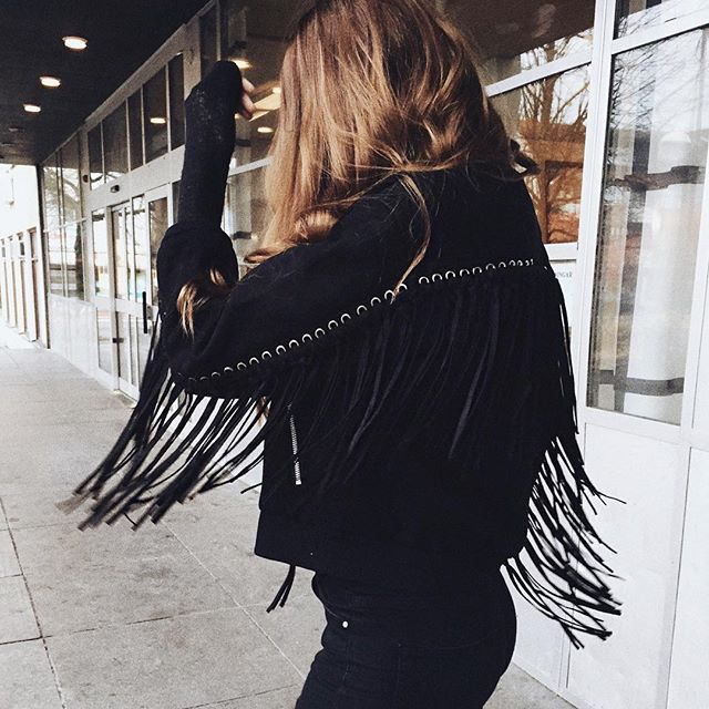 LOVE this suede fringe jacket from @livi.clothing