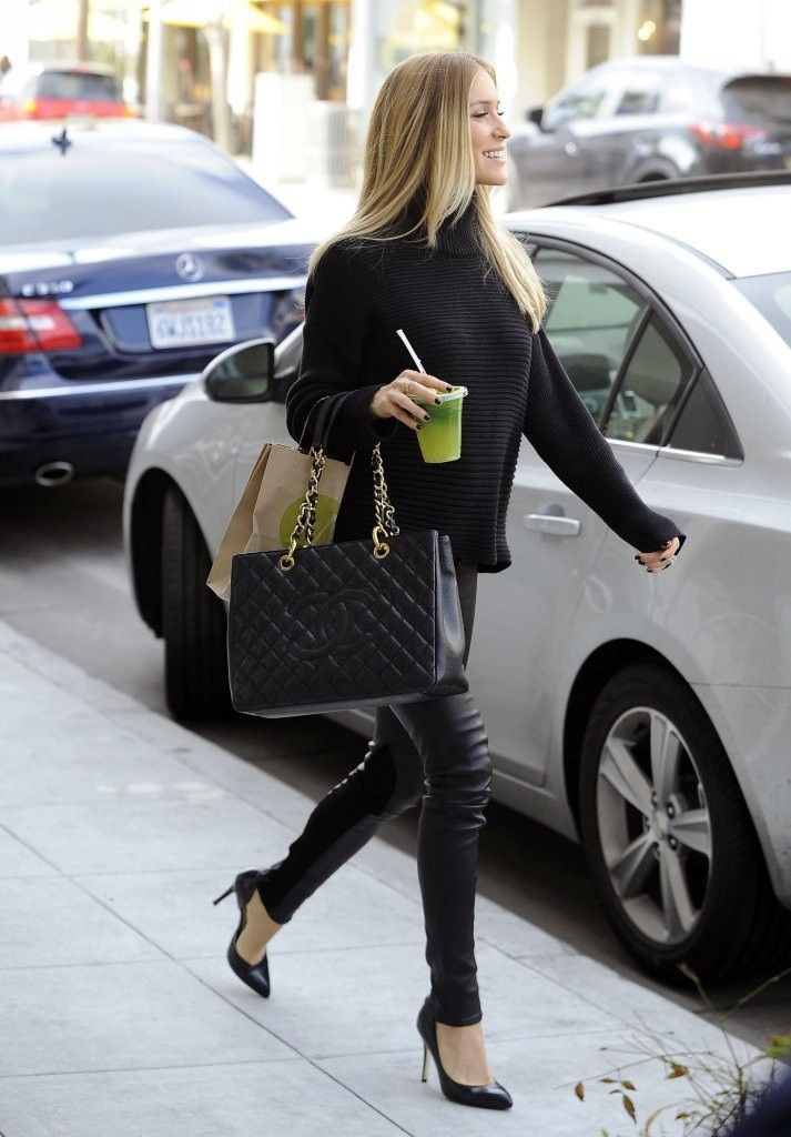 Kristin Kavallari looking tres chic in all black in Beverly Hills