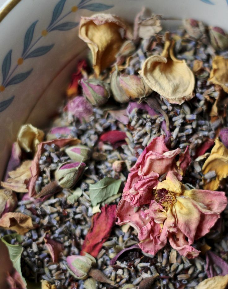 I love making custom tea blends for people. Whether it's an herbal sipping tea or a strong medicinal blend, there's nothing like making a big batch of tea with someone in mind. One request w...