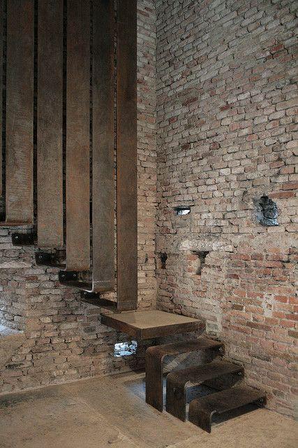 ♂ masculine interior design with rustic brick wall and modern simple design staircase - Museo di Castelvecchio - Carlo Scarpa
