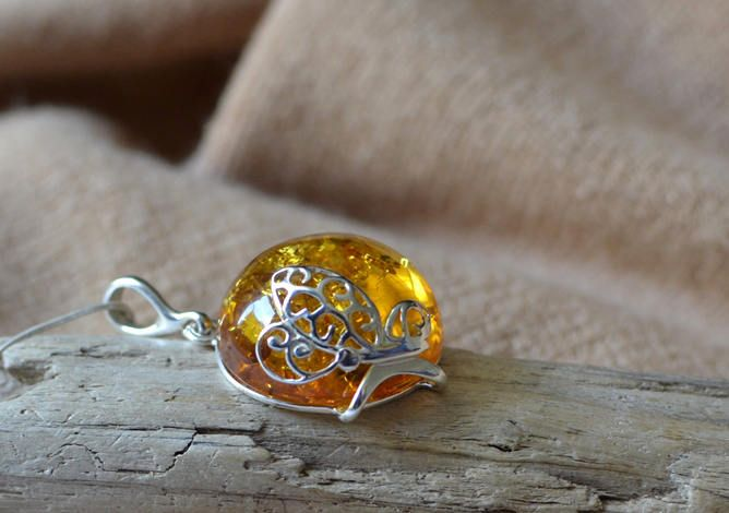 Amber Necklace - Amber Pendant, Amber Jewelry, Natural Amber Pendant, Amber Gift Jewelry by KARUBA on Etsy