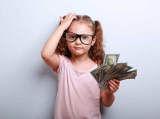 When it comes to teaching financial literacy for kids, many parents believe an allowance is a great tool. This dad takes it a step further by negotiating allowance contracts with his daughters.