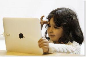 Tips Membatasi Anak Bermain iPhone dan iPad