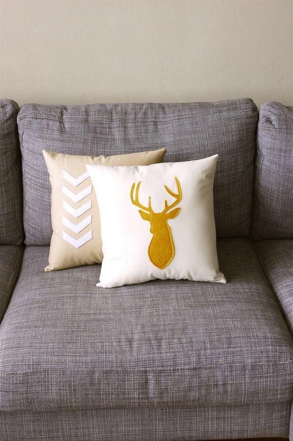 Lovelt deer pillow cover!