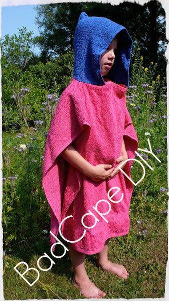 Een patroon van een ruime badcape, ideaal na een zwempartij of voor op de camping. Ik maakte ze al eens...