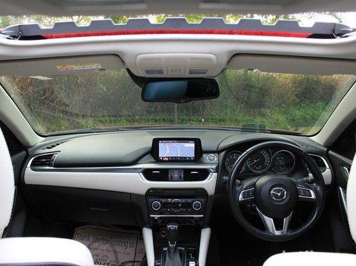 Mengendarai Mobil Mazda Lebih Nyaman