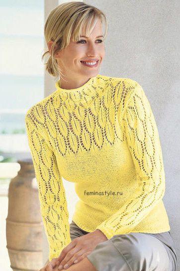 Пуловер с ажурным узором