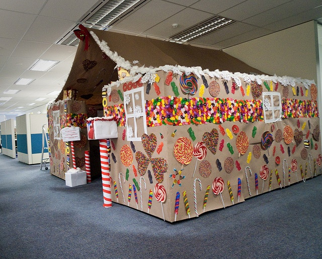 Gingerbread House Cubical U003d Awesome! Cubicle DecorationsCubicle IdeasChristmas  DecorationsChristmas ...