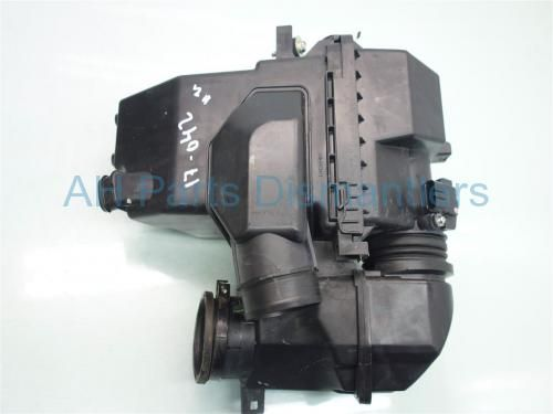 Used 2014 Honda Accord AIR CLEANER INTAKE SETUP SMALL TAB BROKEN . Purchase from https://ahparts.com/buy-used/2014-Honda-Accord-AIR-CLEANER-INTAKE-SETUP/126882-1?utm_source=pinterest