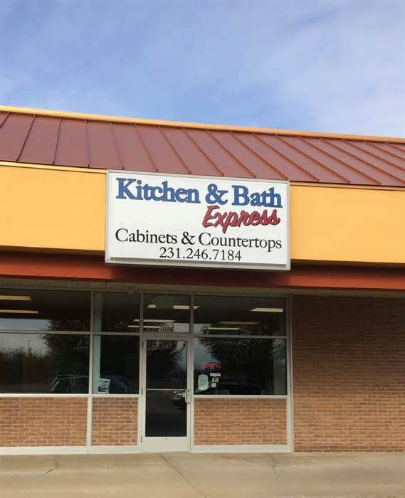 Budget-minded kitchen, bathroom store opens in Norton Shores NORTON SHORES, MI - A budget-minded cabinet and counter tops store has set up shop in Norton Shores. Kitchen