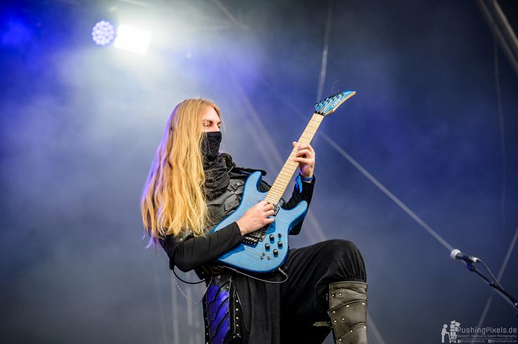 Lynd - Twilight Force ⚫ Photo by Markus Felix, Pushingpixels.de ⚫ Rockharz 2016 ⚫ #TwilightForce #music #metal #concert #gig #musician #Lynd #guitar #guitarist #mask #ninja #armour #armor #leather #blond #longhair #festival #photo #fantasy #magic #cosplay #larp #man #onstage #live #celebrity #band #artist #performing #Sweden #Swedish #Rockharz