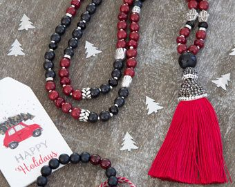 Magical festive black and red howlite 108 beads necklace with a black stone guru bead, 108 Mala beads, yoga gift, meditiation jewelry, pray