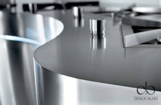 This is truly elegant. Stunning curves show off the great skill that goes in to this worktop. The flowing curves keep a presence with the sharp contrast of the edge