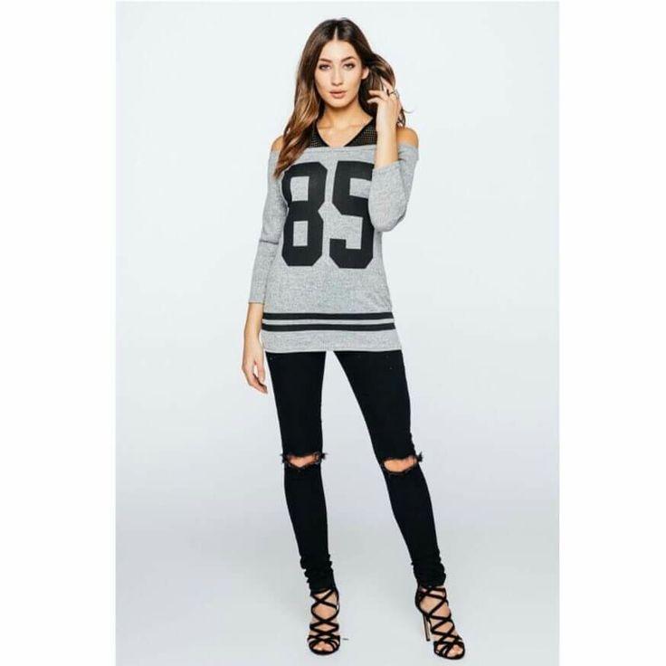 Varsity Long Sleeve T-Shirt🛍shop now @mayhemtrendsuk.tictail.com 🛍  #fashion #style #fashionblogger #styleblogger #fashionstyle #partywear #womensfashion #onlineshopping #retailtherapy #ootd #sale #instastyle #springfashion  https://www.facebook.com/MayhemTrendsUK/