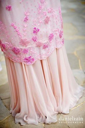 Love the kain and the details - Imagine this is a white nikah dress