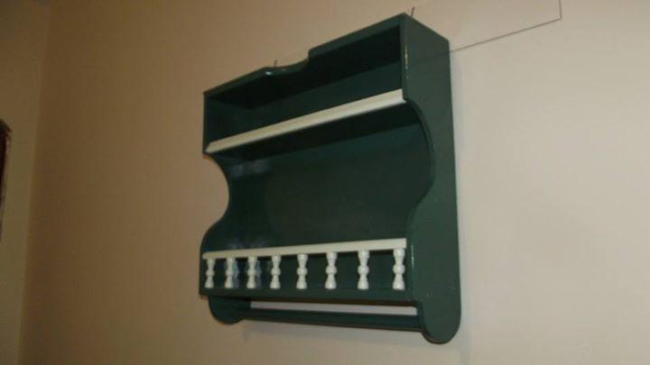 Nicho artesanal feito com gaveta reciclada - Verde escuro.