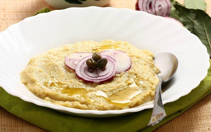 Baklanın belki de en güzel hali zeytinyağlı fava, iştah açan bir başlangıç olmasının yanı sıra kanepe, börek, kiş hatta pizza tariflerinde kullanılabilir.