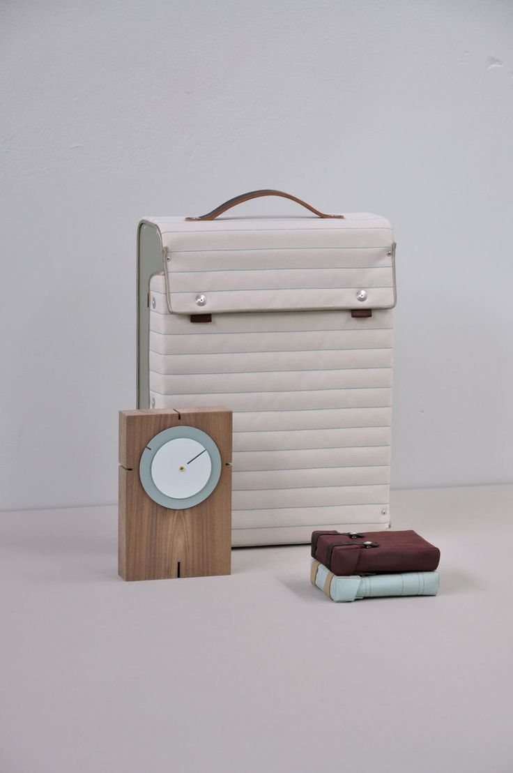 Suitcase by Lotty Lindeman & Wouter Scheublin | A R T N A U