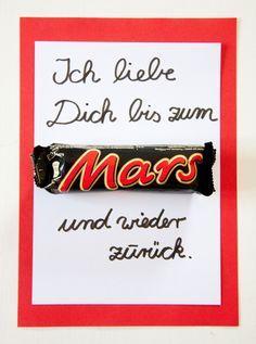 Muttertagskarte. Mothers day card. Muttertagsgeschenke basteln leicht gemacht. Ihr braucht nur ein Mars und ein bisschen Papier. Mehr Ideen auf http://www.meinesvenja.de/2014/05/04/muttertagskarte-basteln/