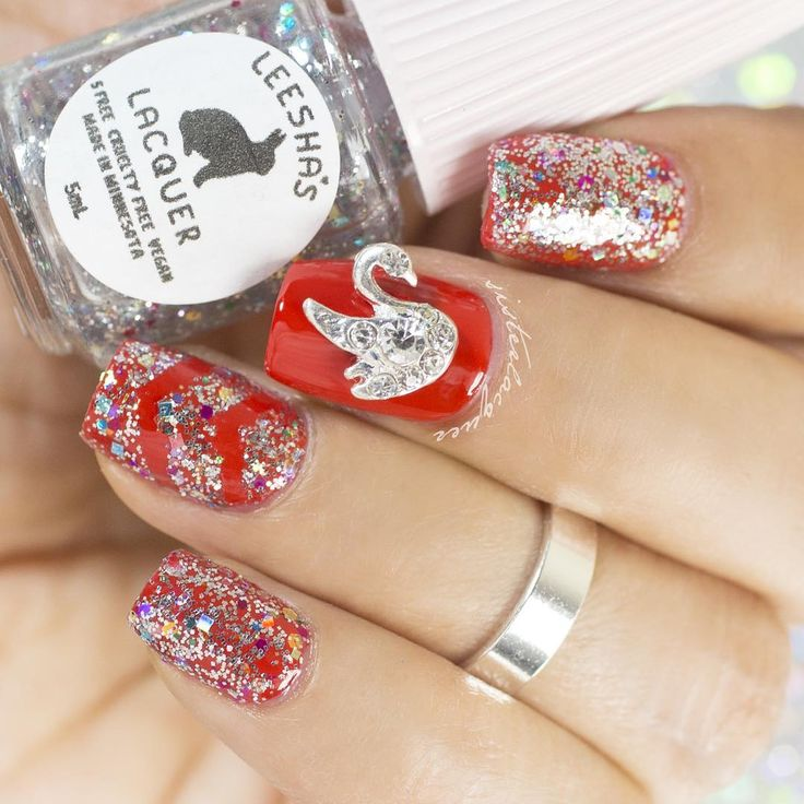 red, glitter, glitter topper, nailcharm, mani, nails